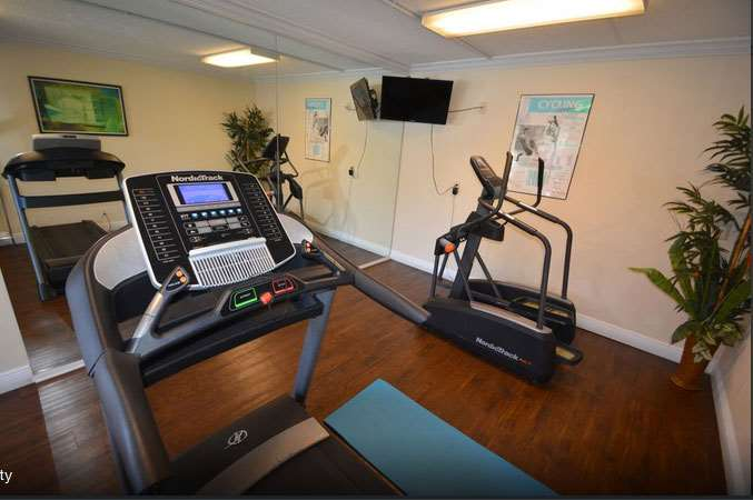 Fitness/ Exercise Room - Midpointe Hotel Convention Center Orlando