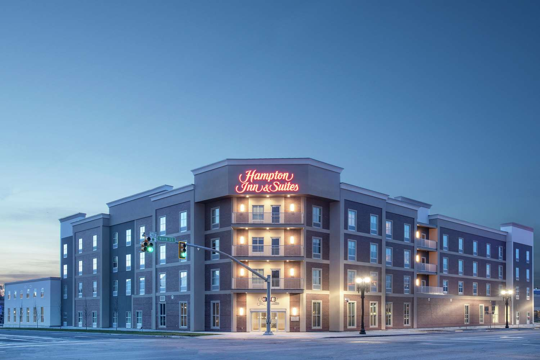 Exterior view - Hampton Inn & Suites Logan