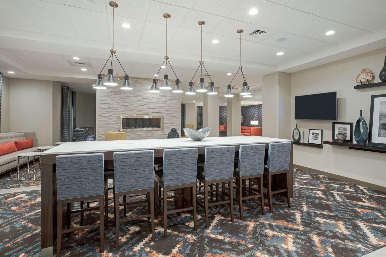 Lobby - Hampton Inn & Suites Logan