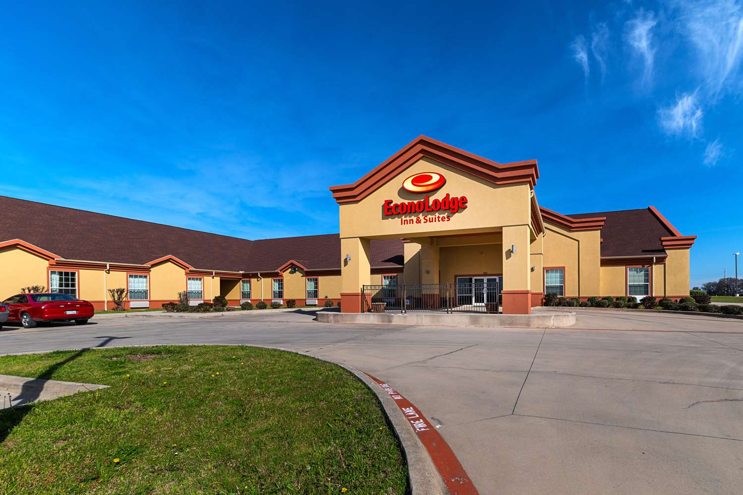 Econo Lodge Inn & Suites Bridgeport