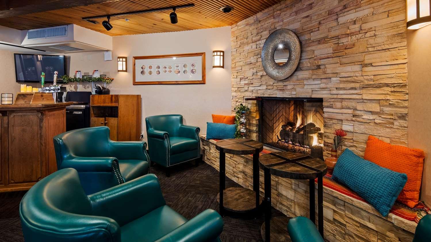 Restaurant - SureStay Collection by Best Western Inn at Santa Fe