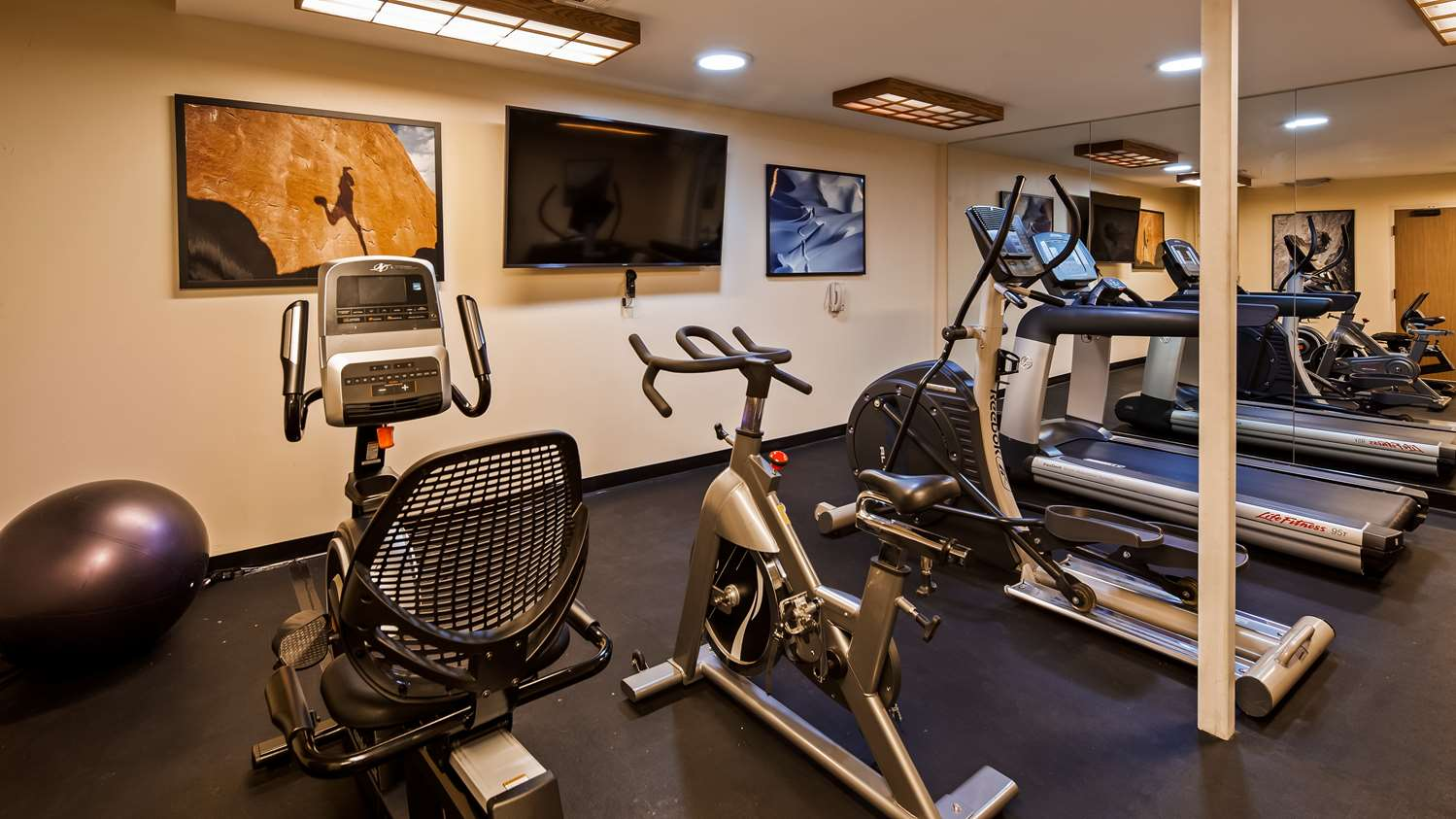 Fitness/ Exercise Room - SureStay Collection by Best Western Inn at Santa Fe