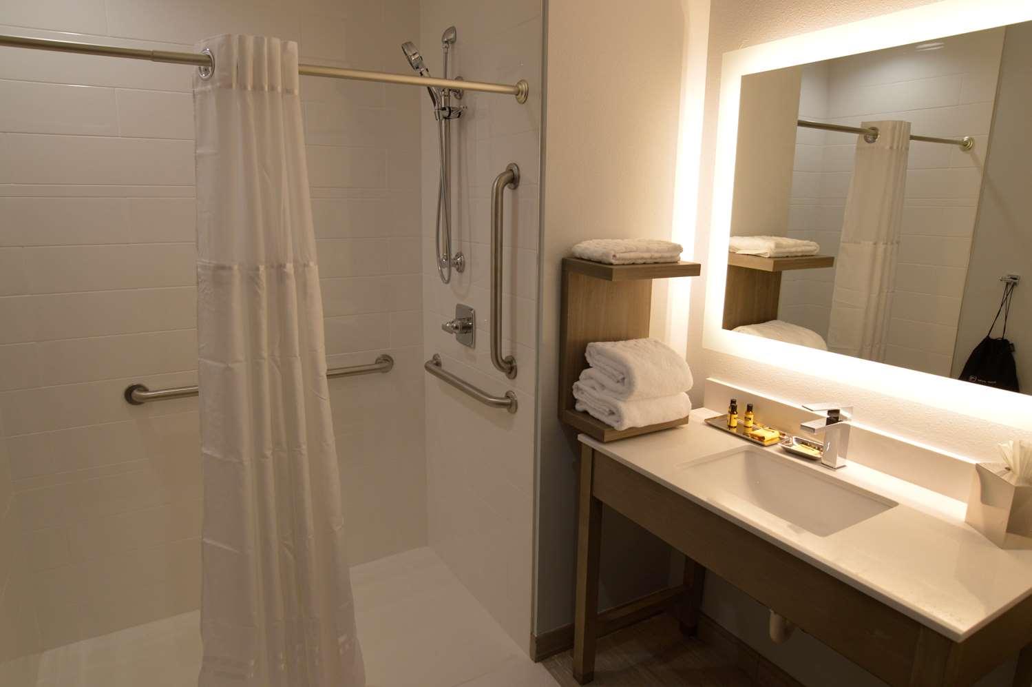 Room - Best Western Plus Executive Residency Oklahoma City