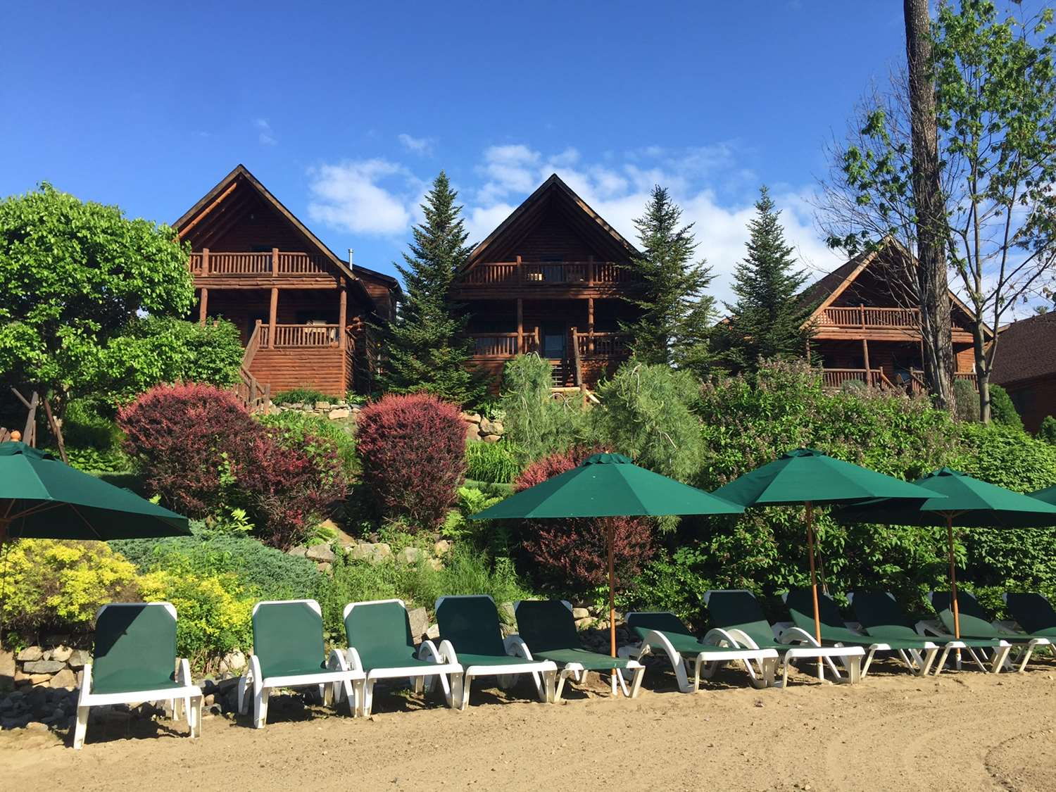 Beach - Lodges at Cresthaven Lake George