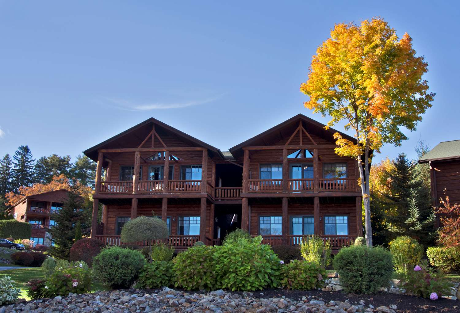 Exterior view - Lodges at Cresthaven Lake George