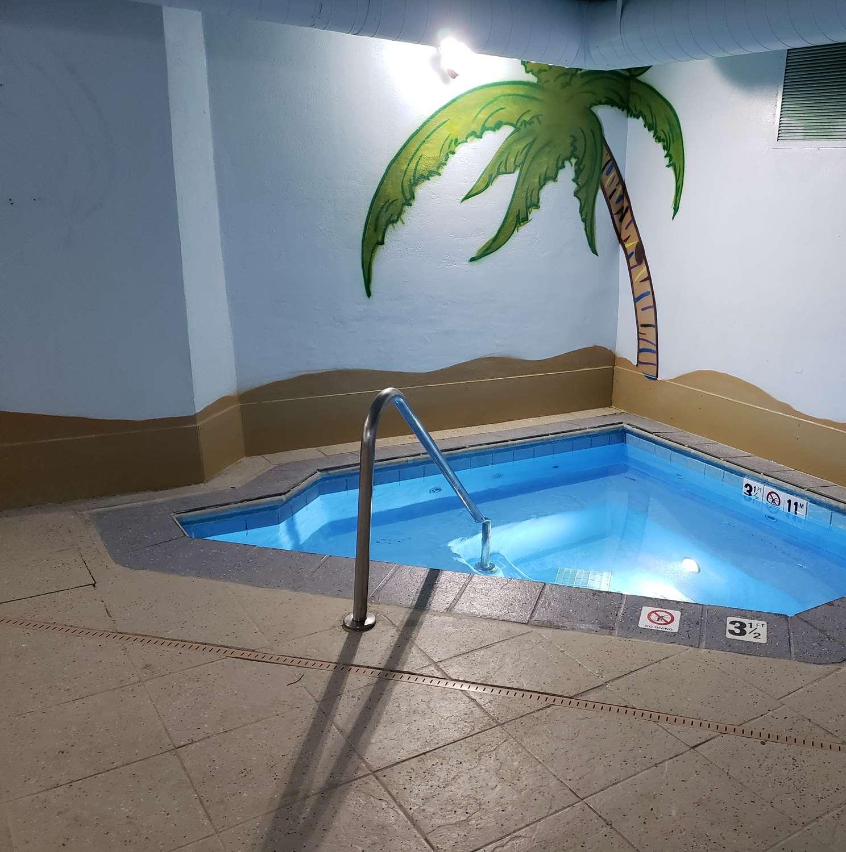Spa - SureStay Plus Hotel by Best Western Thornton