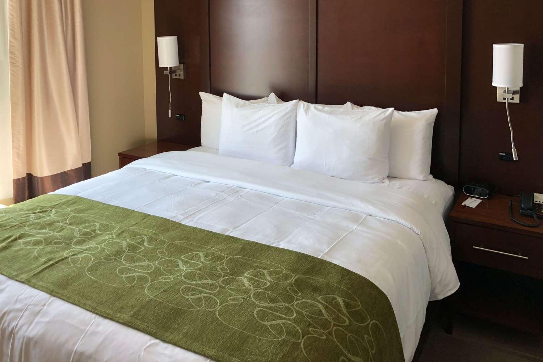 Suite - Comfort Suites Liberal
