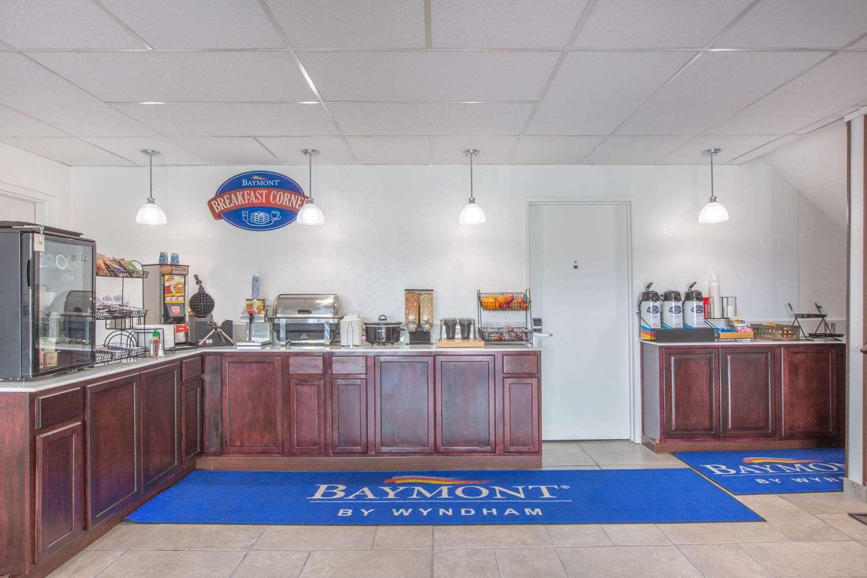 proam - Baymont Inn & Suites Roseburg