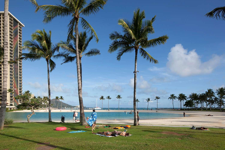 Beach - Ilikai Lite Hotel Honolulu