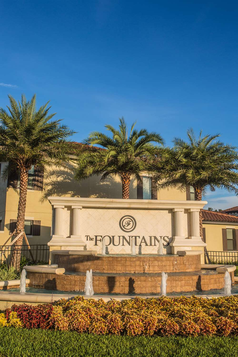 Exterior view - Fountains at ChampionsGate Townhomes