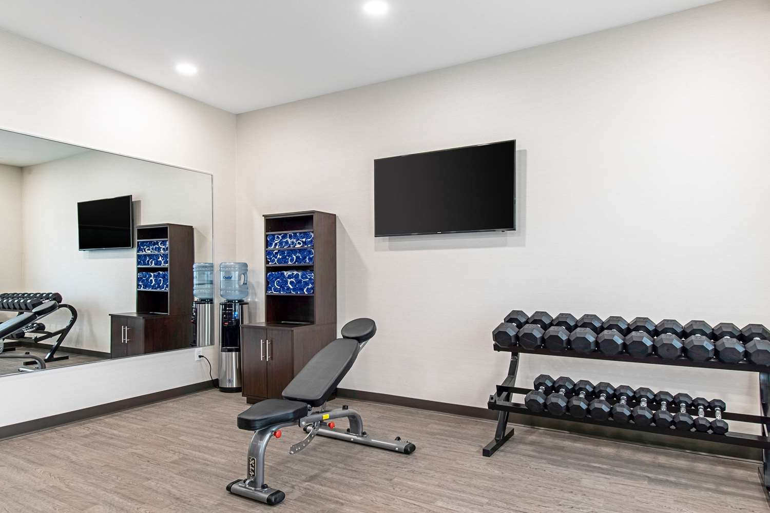 Fitness/ Exercise Room - Comfort Suites Grove City