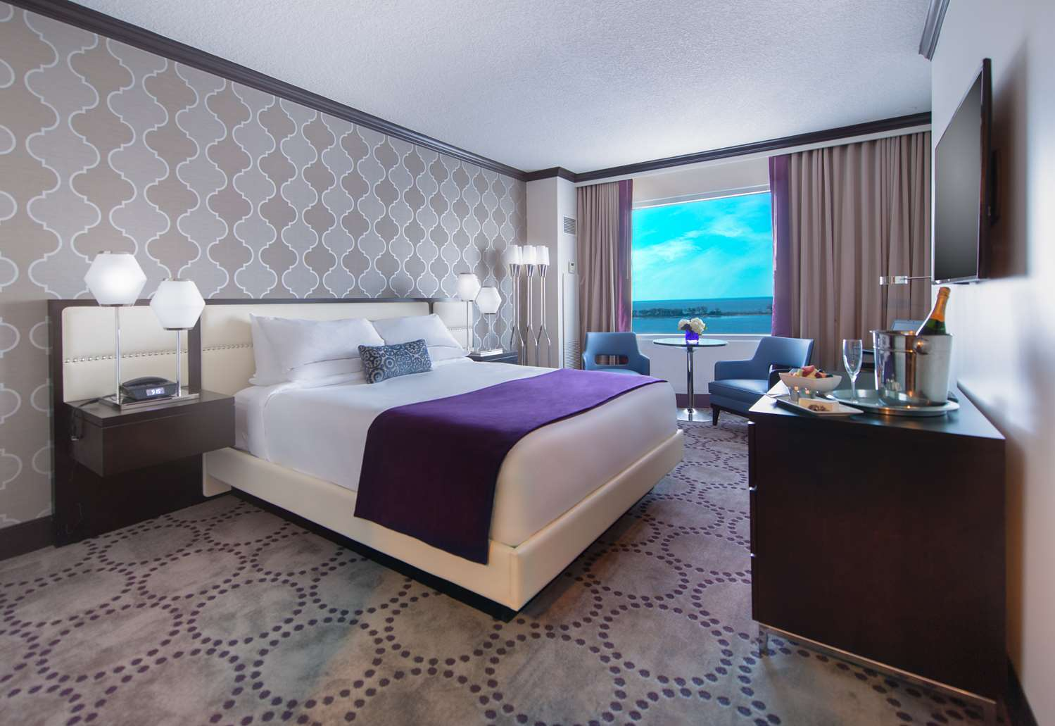 Room - Harrah's Gulf Coast Hotel Biloxi