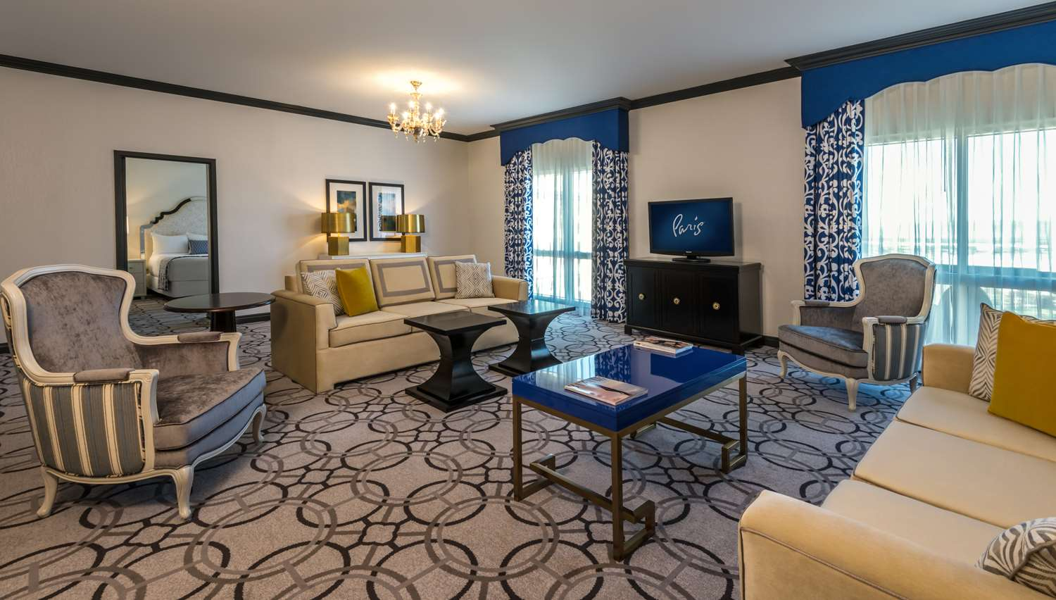 Suite - Paris Resort & Casino Las Vegas