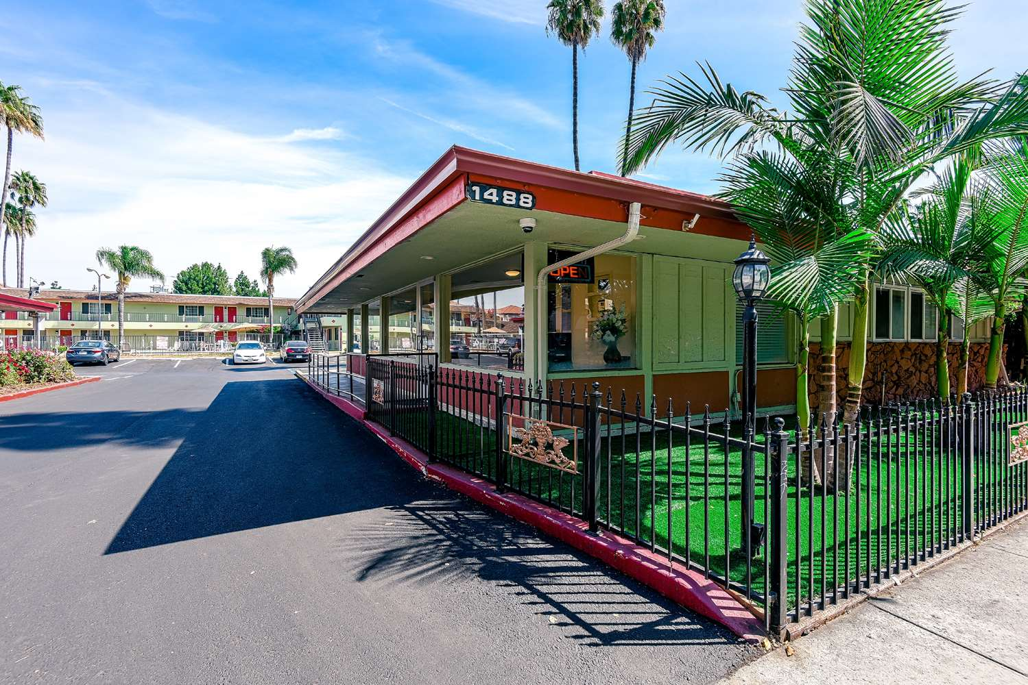 Exterior view - SureStay Hotel by Best Western Airport San Jose