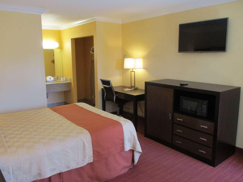 Room - SureStay Hotel by Best Western Airport San Jose