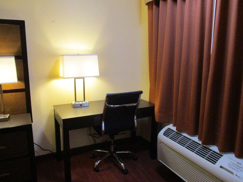 Amenities - SureStay Hotel by Best Western Airport San Jose
