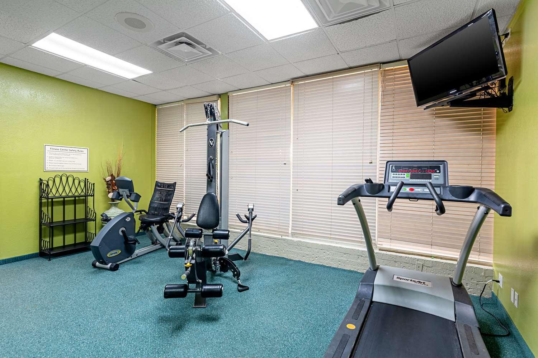 Fitness/ Exercise Room - Rodeway Inn Huntsville