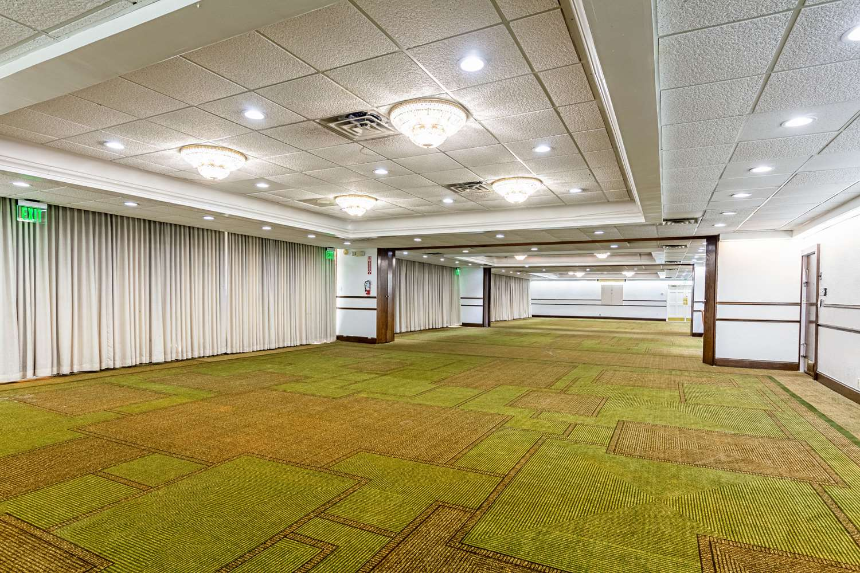 Meeting Facilities - Rodeway Inn Huntsville