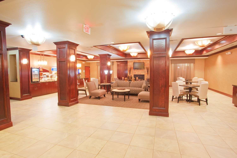 Restaurant - Red Lion Inn & Suites Mineral Wells