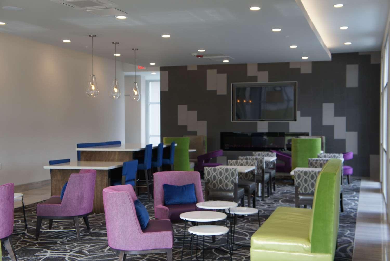 Lobby - La Quinta Inn & Suites I-65 Mobile