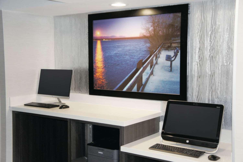 Conference Area - La Quinta Inn & Suites Medical Center Aurora