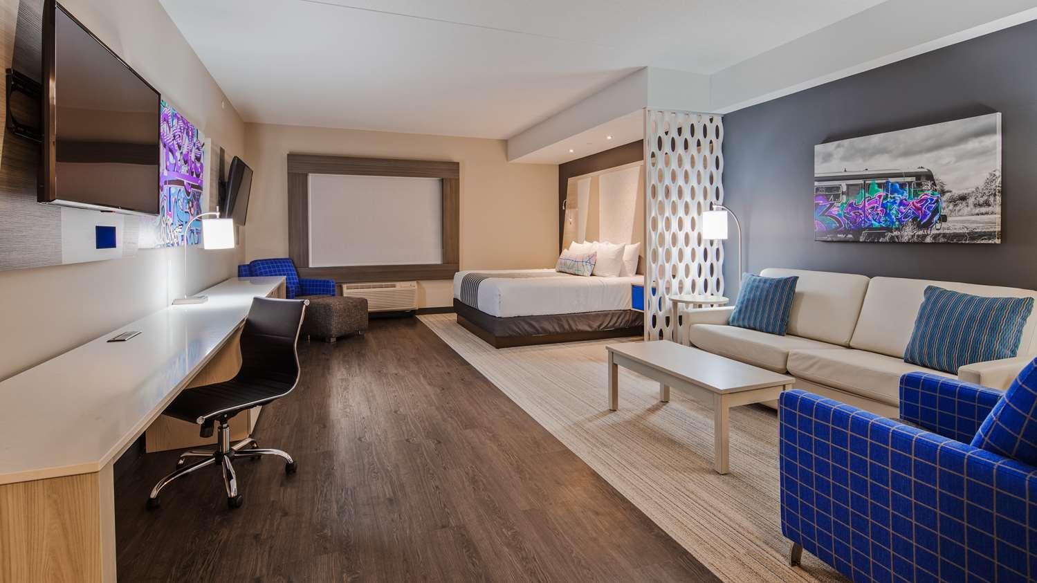 Room - Best Western Premier Winnipeg East Hotel