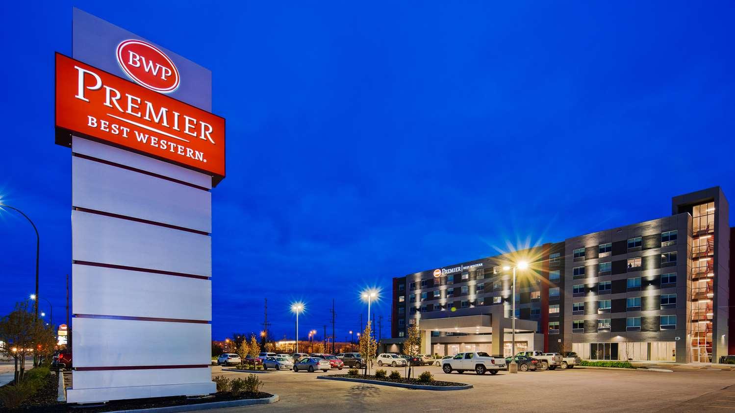 Exterior view - Best Western Premier Winnipeg East Hotel