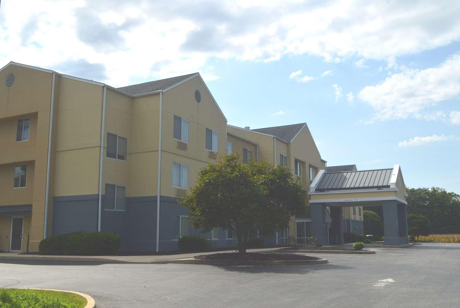 Exterior view - Baymont Inn & Suites Chambersburg