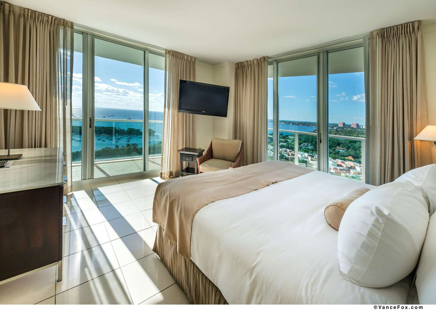 Room - Hotel Aria Coconut Grove