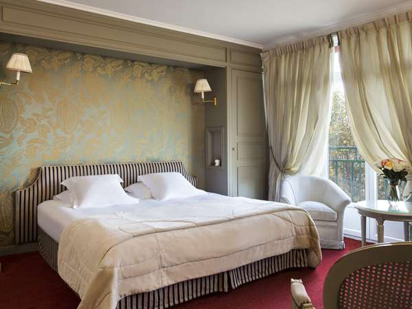 Hotel HOTEL BARRIERE LE GRAND HOTEL ENGHIEN-LES-BAINS