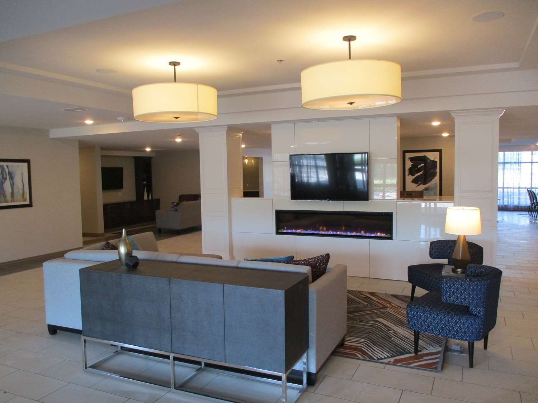 Lobby - Best Western Plus St Peter Hotel