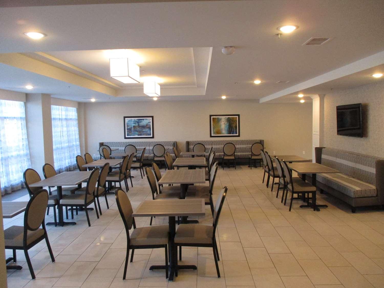 Restaurant - Best Western Plus St Peter Hotel