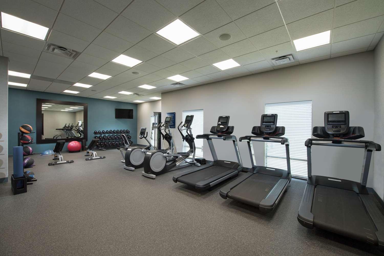 Fitness/ Exercise Room - Hampton Inn Snellville
