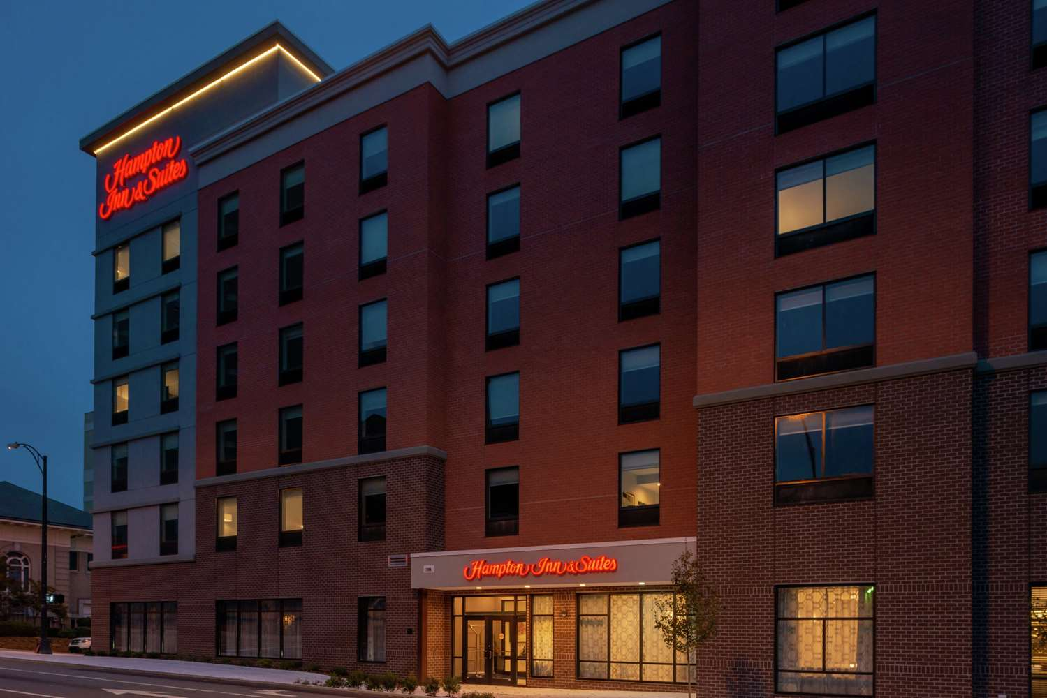 Exterior view - Hampton Inn & Suites Downtown Winston-Salem