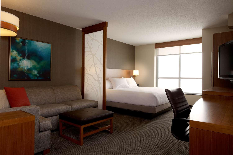 Exterior view - Hyatt Place Hotel & Convention Center Hampton