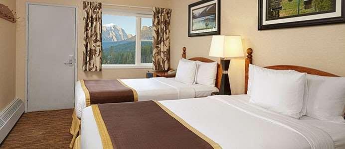 Room - Lake Louise Inn