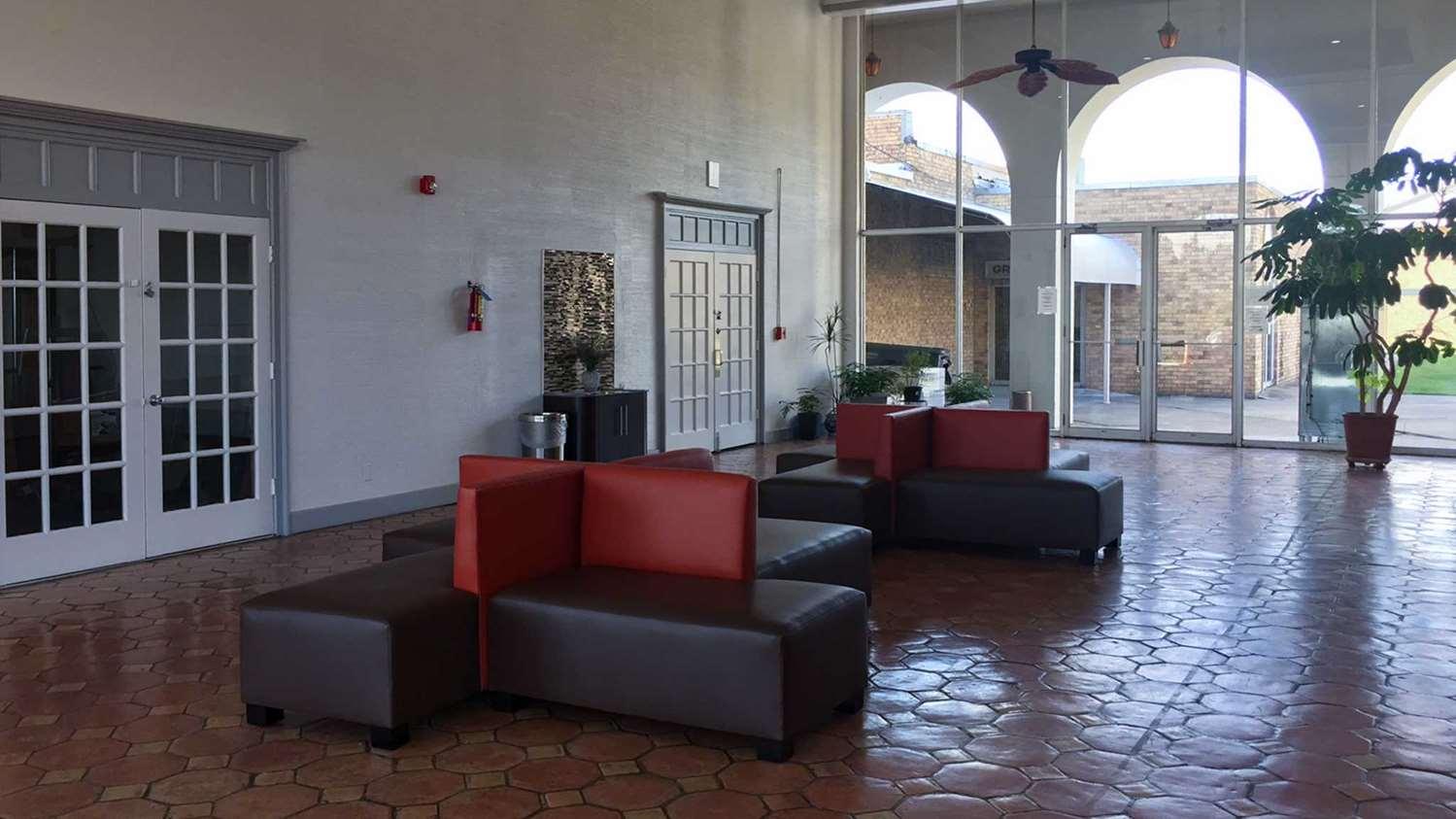 Lobby - Studio 6 Extended Stay Hotel Longview
