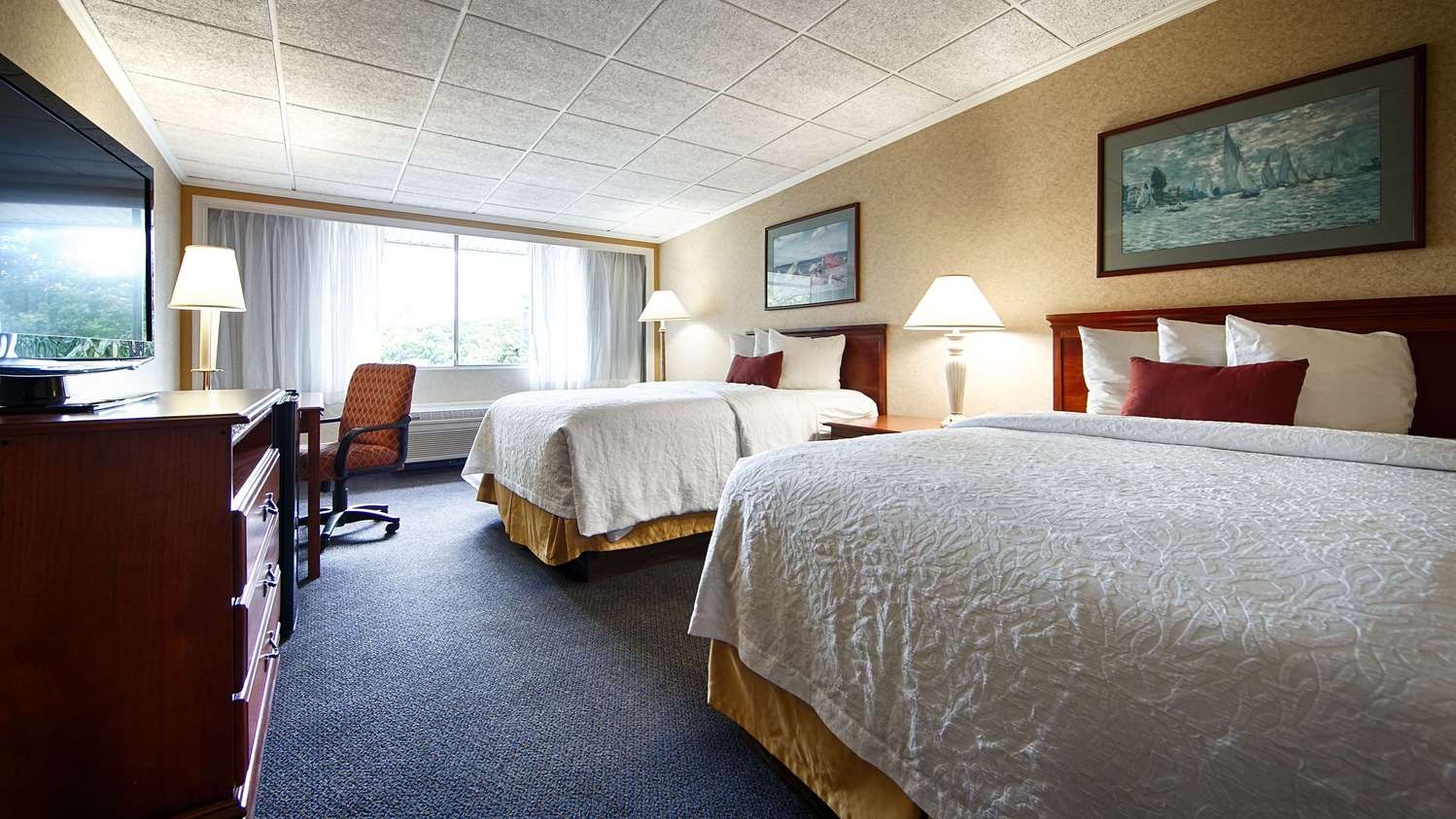 Room - SureStay Collection by Best Western Lehigh Valley Hotel Bethlehem