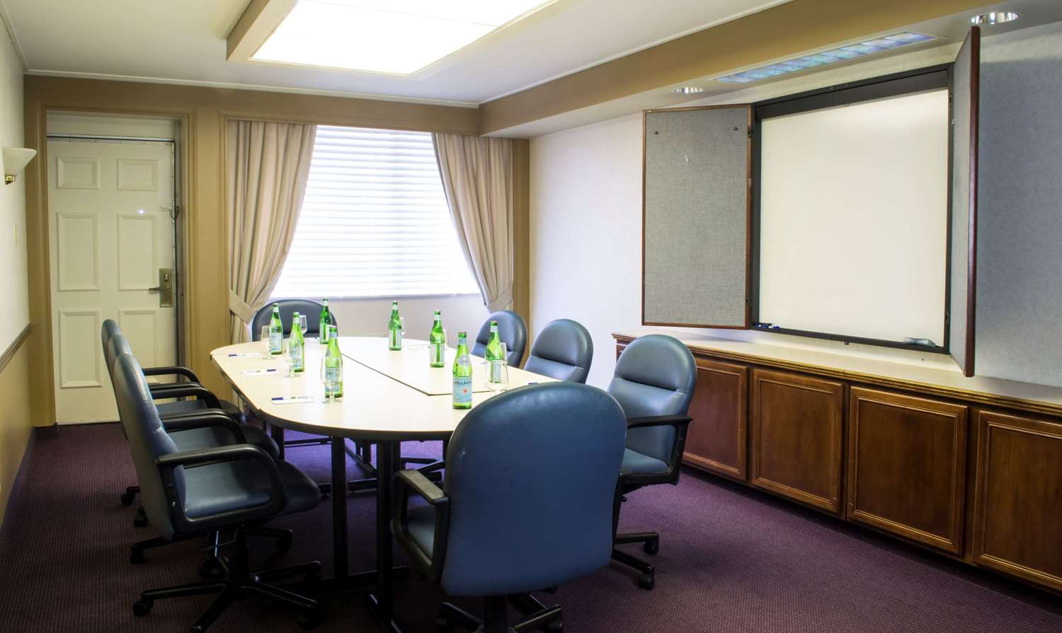 Meeting Facilities - SureStay Collection by Best Western Lehigh Valley Hotel Bethlehem