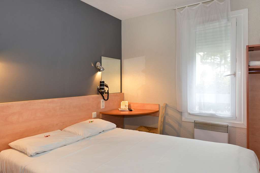 KYRIAD DIRECT ORLEANS OUEST - Chapelle St Mesmin