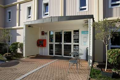 Hotel KYRIAD DIRECT ORLEANS OUEST - Chapelle St Mesmin