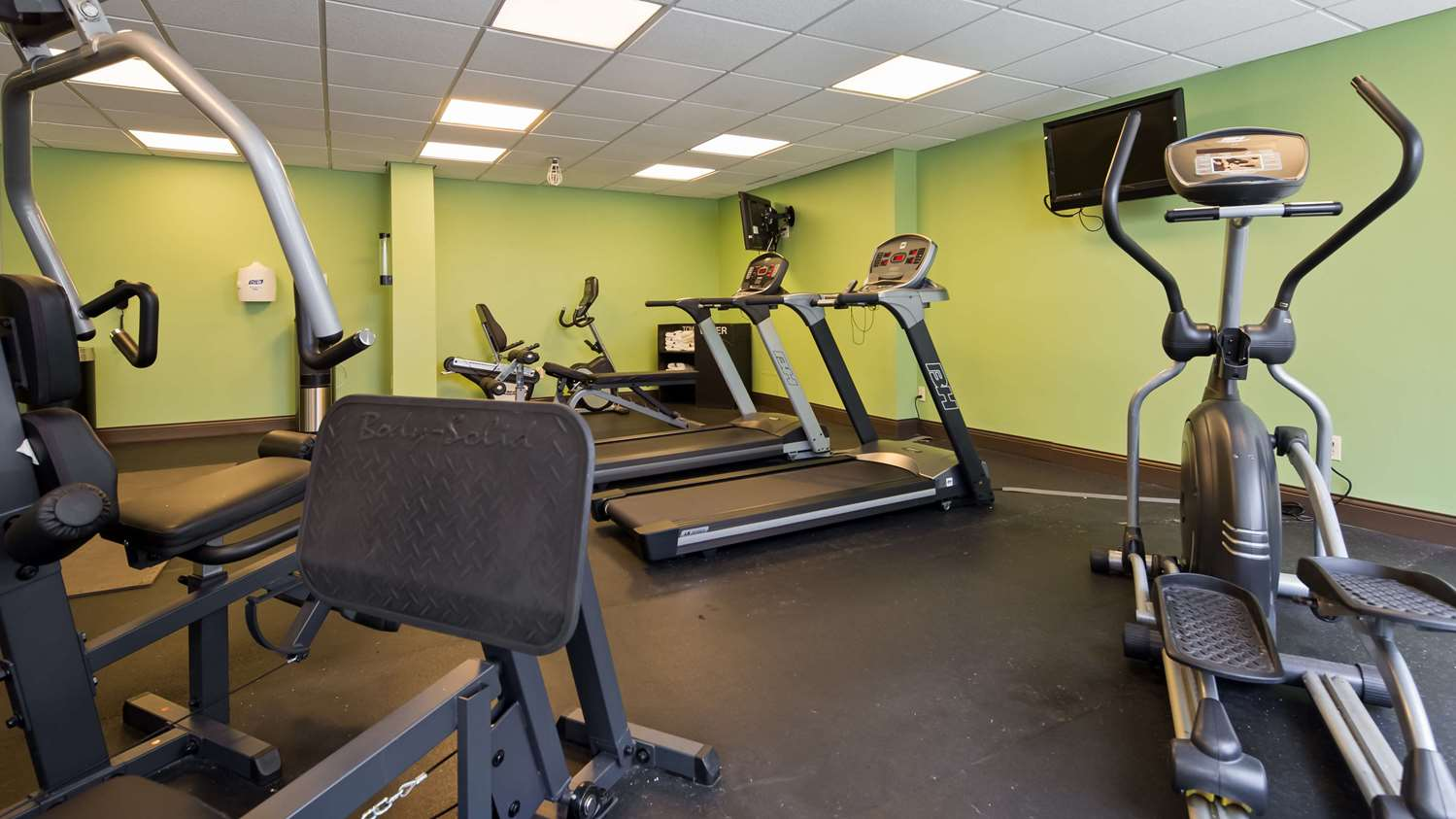 Fitness/ Exercise Room - SureStay Plus Hotel by Best Western Airport Albany