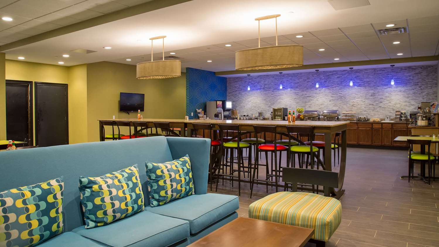 Restaurant - SureStay Plus Hotel by Best Western Airport Albany