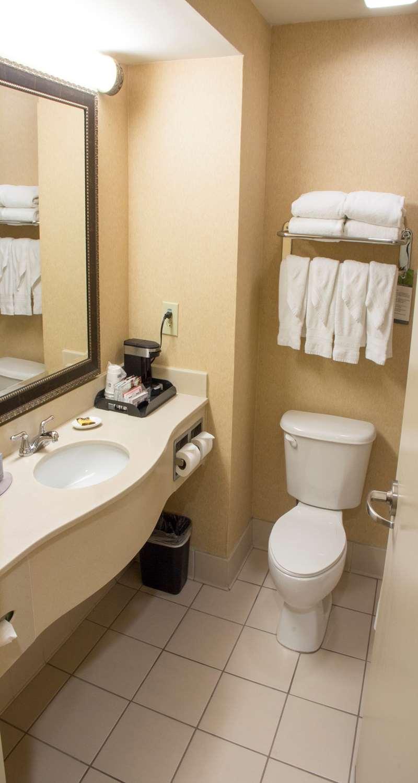 Room - Best Western Plus Kendall Hotel & Suites