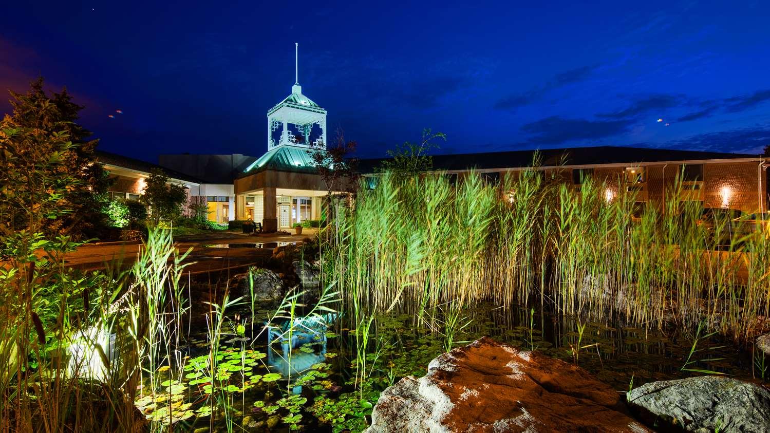 Exterior view - Best Western Plus Stoneridge Inn & Suites London