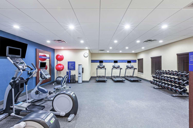 Fitness/ Exercise Room - Hampton Inn Gardner