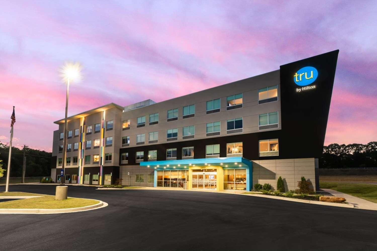 Tru by Hilton Seneca Clemson, SC