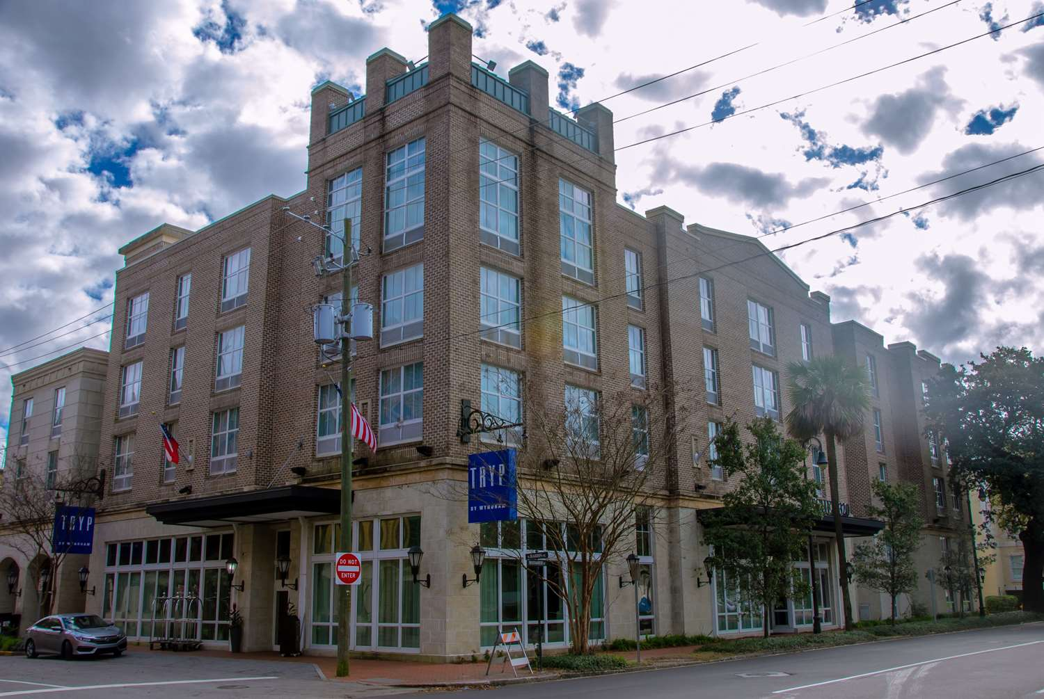 Exterior view - Tryp by Wyndham Hotel Downtown Savannah
