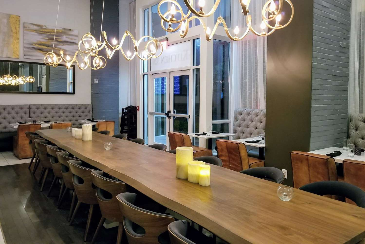 Restaurant - Tryp by Wyndham Hotel Downtown Savannah