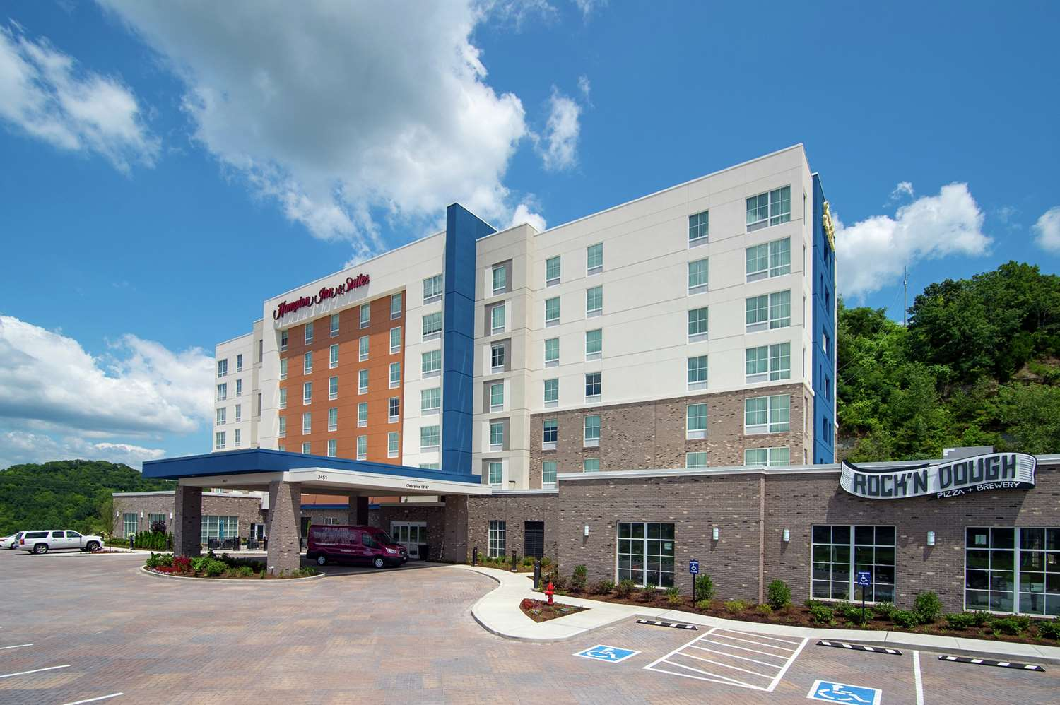 Exterior view - Hampton Inn & Suites North Skyline Nashville